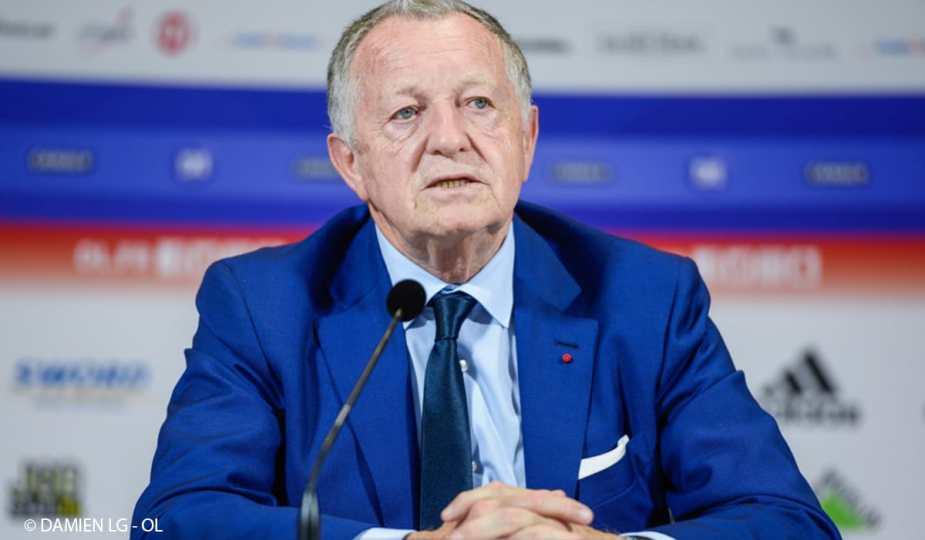 Le président de l'OL Jean-Michel Aulas en conférence de presse