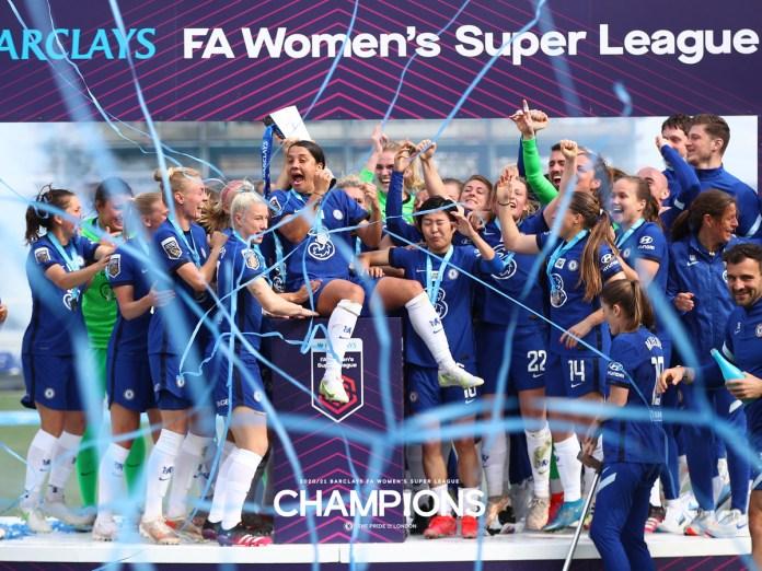 Chelsea étrille Reading et conserve sa couronne en Super League