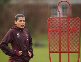 Kenza Dali quitte West Ham