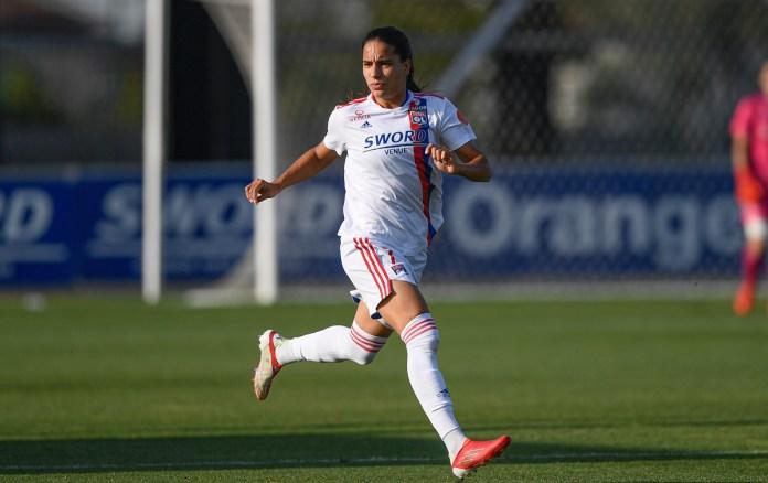 Amel Majri contre Levante