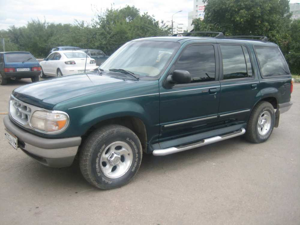 medium resolution of ford explorer 4 0 1995 photo 12
