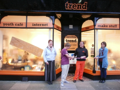 trend-opening