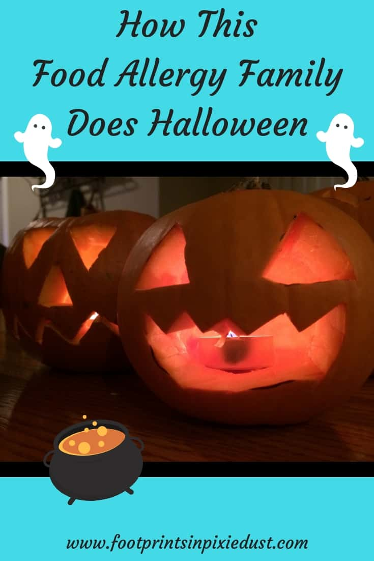 How This Food Allergy Family Does Halloween: #halloween #foodallergies #foodallergyfamily #foodallergiesandhalloween #foodallergyfriendly #trickortreating #pumpkins #pumpkincarving #halloweenmovies #familytime