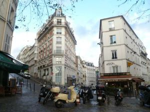 The very 'Parisian' streets of the Montmarte area..