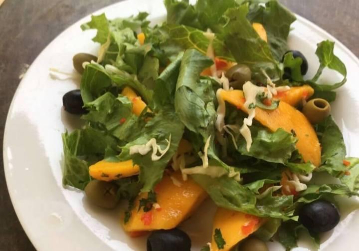chilli mango salad