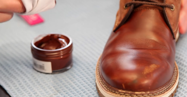 How to Clean Leather Boots for Motorcycle: Step by Step