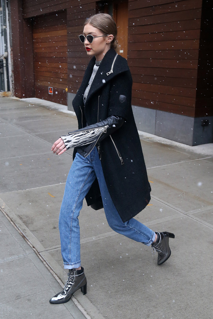 Gigi and Bella Hadid Both Wore This Shoe Brand While Out in New York – Footwear News