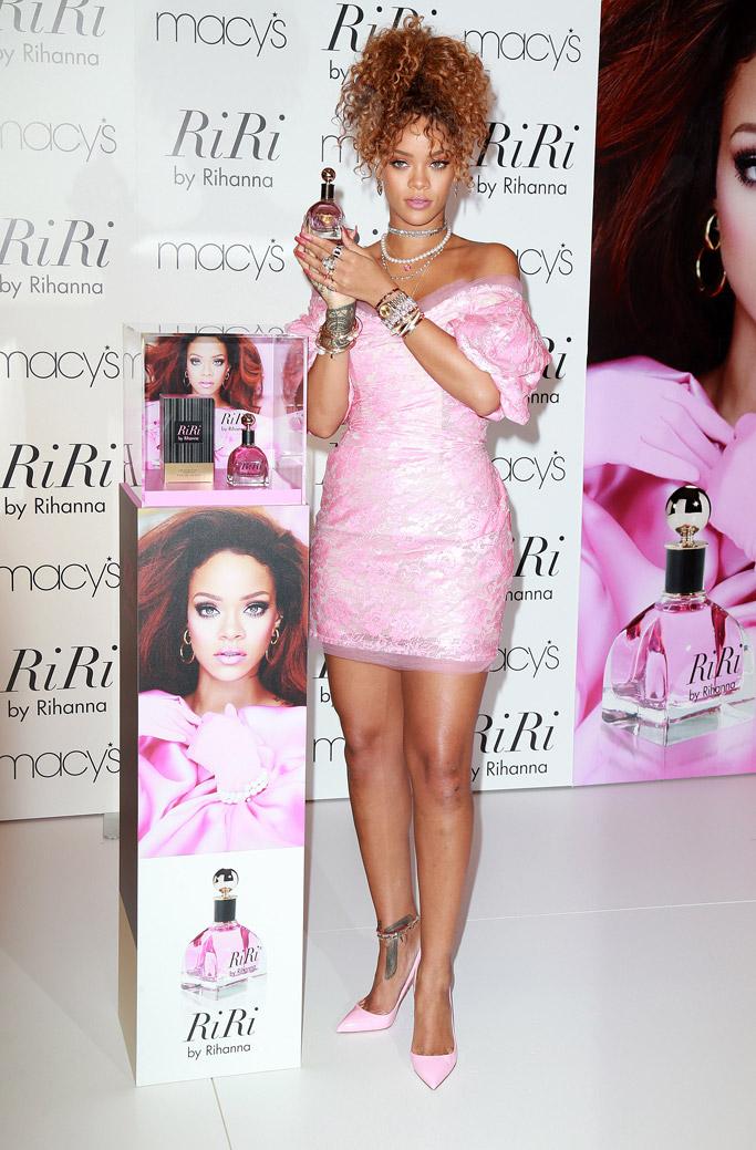 Rihanna Foot Tattoo : rihanna, tattoo, Tattoos, Celebrities, Flaunt, Heels, Expert, Footwear