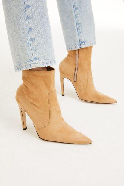 good american, shoes, khloe kardashian, heels, boots, leggings, sports bra