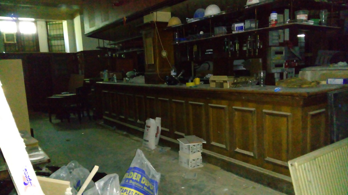 Secondhand Vintage and Reclaimed  Bar and Pub  Solid