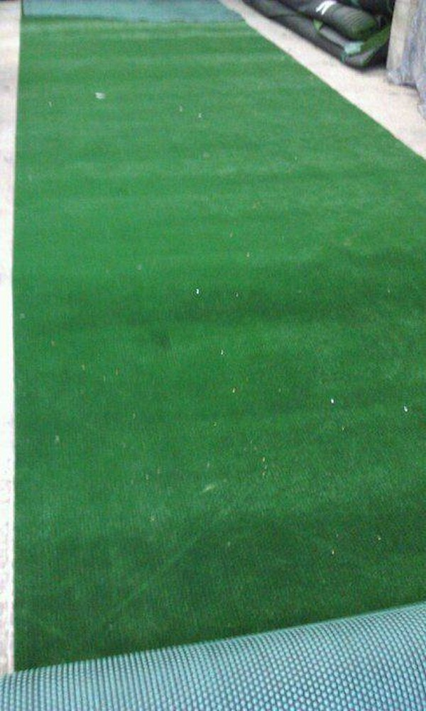 Curlew - SecondHand Marquees   Artificial Grass or Astro Turf   Astro Turf / Grass - Coventry. West Midlands