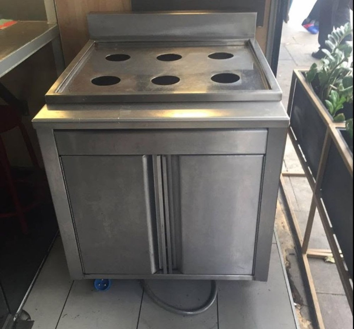 Secondhand Catering Equipment  Chinese Cooking  2x