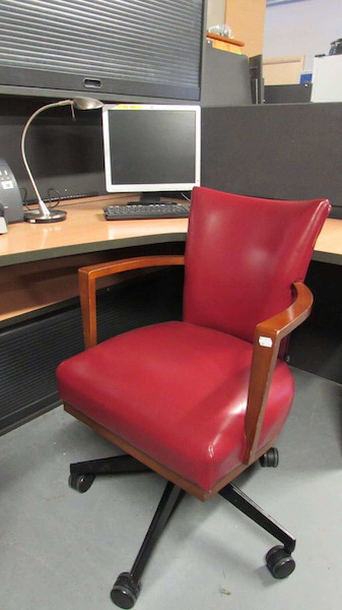 swivel chair sale uk swing online olx secondhand trailers ser logistics ltd sussex 10x red