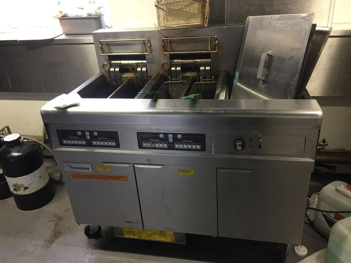 Secondhand Catering Equipment  Electric Fryers  Frymaster Re217 Electric Fryer Batteries With