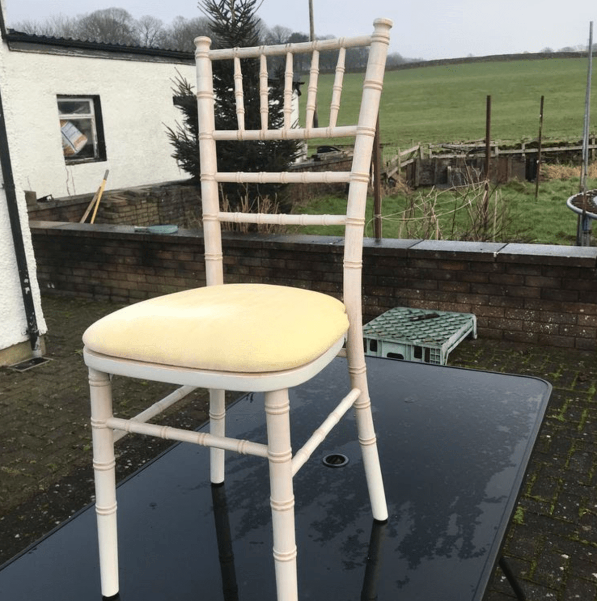 Secondhand Chairs and Tables  Chivari and Camelot