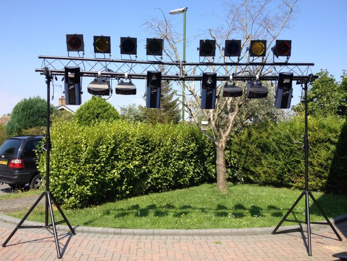 complete programmable lighting rig chichester west sussex