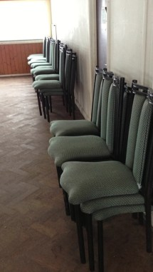 Secondhand Chairs And Tables Restaurant 50x
