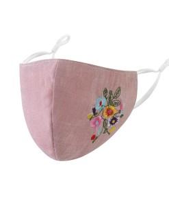 Mascarilla facial rosa con bordado