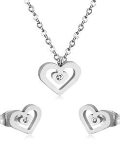 Conjunto cadena con colgante y pendientes Corazón con piedra