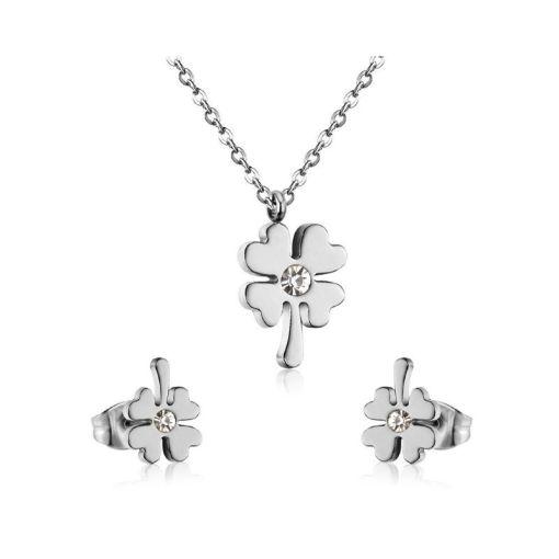 Conjunto cadena con colgante y pendientes Trébol con piedra