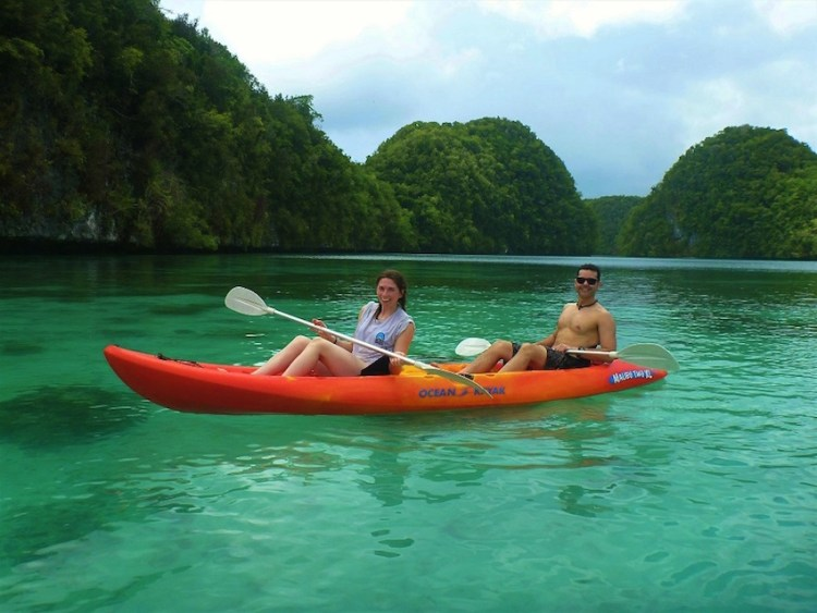 Kayaking na Rock Island Palau