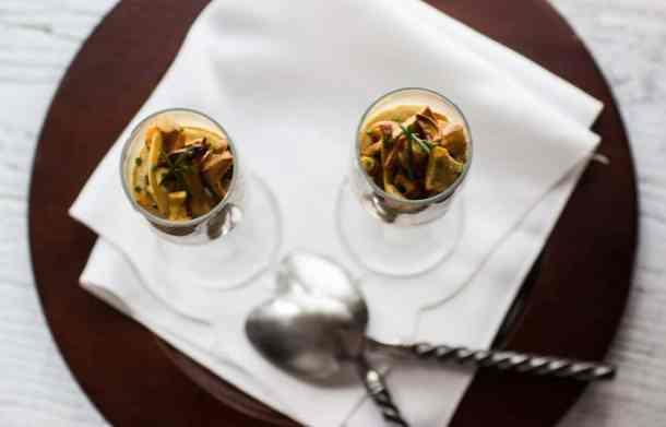 Chanterelle custard with hedgehog mushrooms_-22