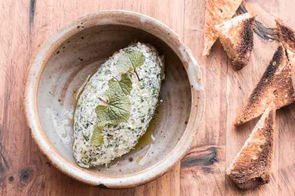 Garlic mustard ricotta cheese recipe