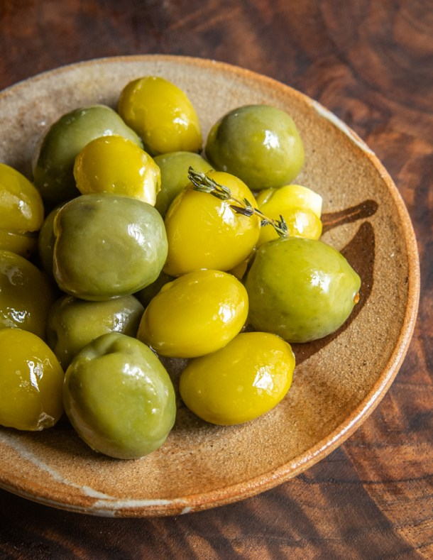 Green Kentucky coffee beans marinated with olives