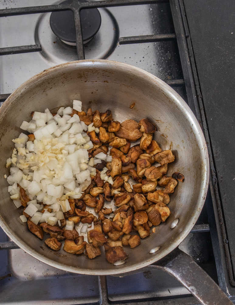 Browning puffball mushrooms for pasta sauce