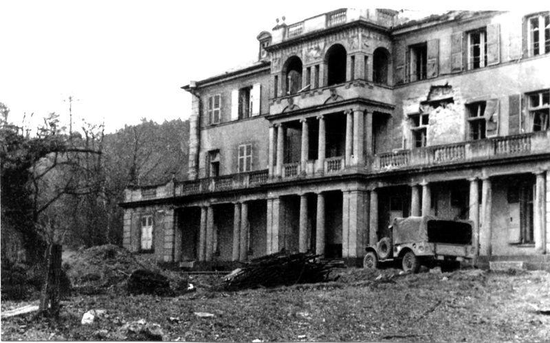 la guerre-villa Adt