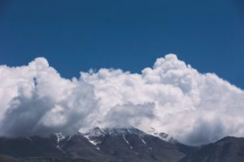 Fjell og skyer