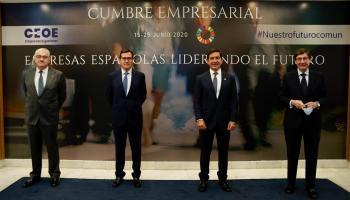 José Bogas, CEO de Endesa; Antonio Garamendi, presidente de la CEOE; Carlos Torres Vila, presidente de BBVA, y José Ignacio Goirigolzarri, presidente de Bankia