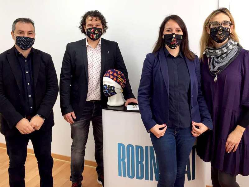 Javier Garrido, Xavier Mas, Carol Esquinas y Txell Torné, equipo de Robinhat.