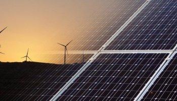 Manifest Massificació Eòlica I Fotovoltaica Do Tarragona. Foto: EP