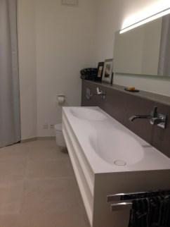 Main Guest Bath 1
