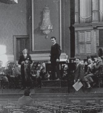 Feb. 1933, Dresden: rehearsals of Gál's violin concerto with Fritz Bu