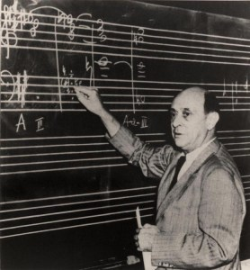 Schoenberg at UCLA, 1939 (ASCV)