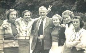 Stöhr with American pupils for a summer course in Ötz (Austria) 1937