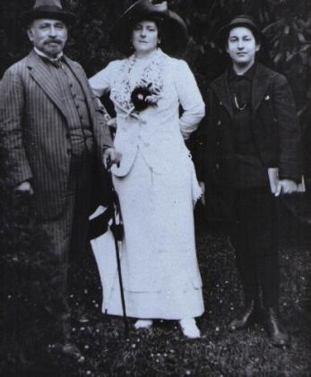 The Korngold Family minus Hans Robert 1911 when Erich Wolfgang was 14