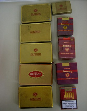Austria's tobacco monopoly brought out two cigarette brands at the height of antagonism between the Korngold and Krenek factions: a perfumed expensive brand called 'Heliane' and cheap black tobacco without a filter called 'Jonny' – only 'Jonny' is still available