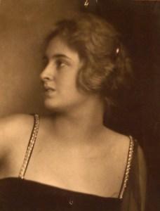 Publicity Portrait of Luzi Sonnenthal