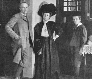 Richard Strauss with wife Pauline and son Franz 1910