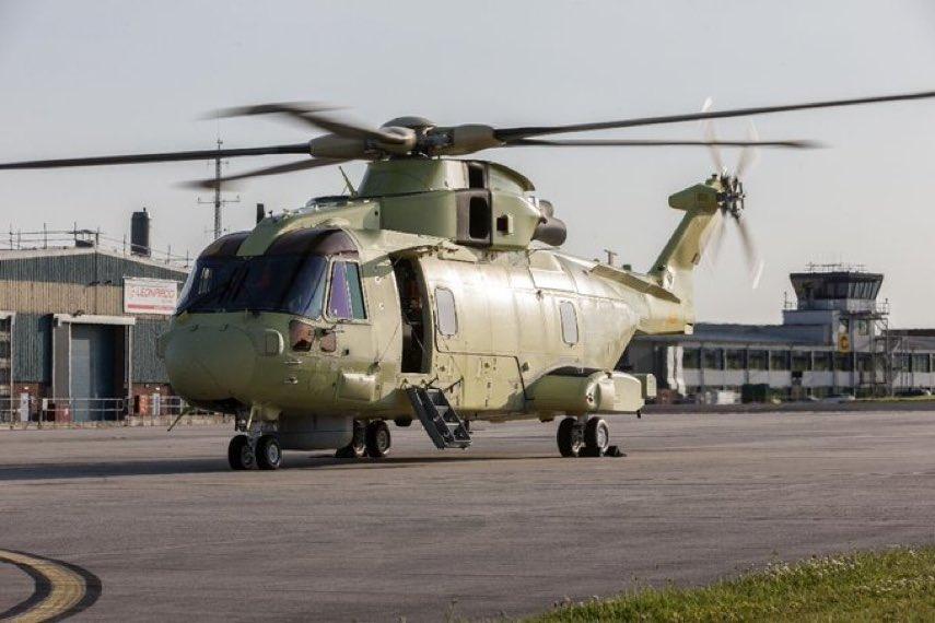 Voa o 1º helicóptero AW101 da Marinha Polonesa. Ao todo serão quatro AW101 para a Marinha da Polônia (Foto: Leonardo).