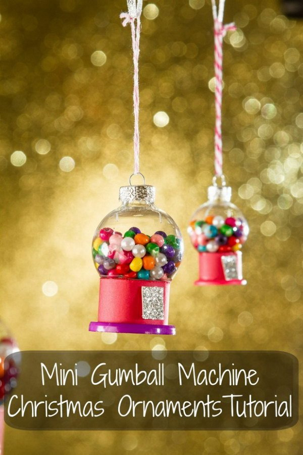 Mini Gumball Machine Christmas Ornament: Make these adorable Gumball Machine Christmas Ornaments for your Christmas tree decoration or as holiday gifts for everyone on your list.