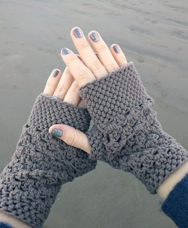 Chunky Fingerless Gloves.
