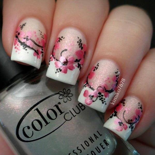 Pretty Floral Nail Art Design.