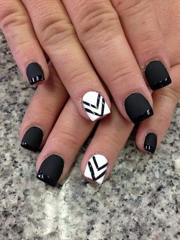 Black and White Nails with Chevron Lines.
