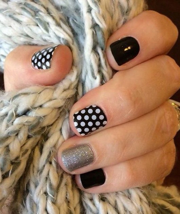 Black & White Polka Dot Nail Art. (via forcreativejuice.com)