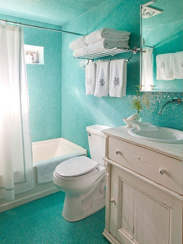 Green Small Bathroom Interior Design.