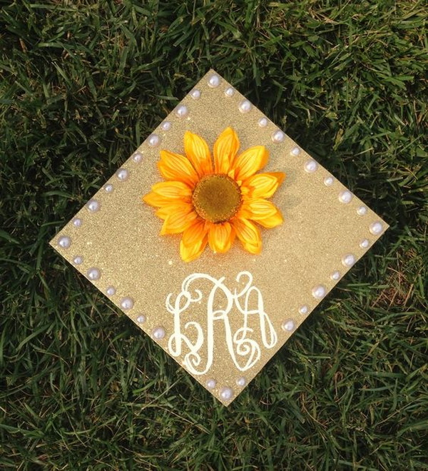 Sunflower Decorated Graduation Cap.
